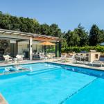 poolhouse open2